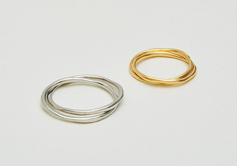 "Marriage ring-M-009〔 Gimmel Ring 〕"" Overlap and fill in the gaps one another. "" / men's:PT900 150,000~/ women's:K18YG 95,000~"