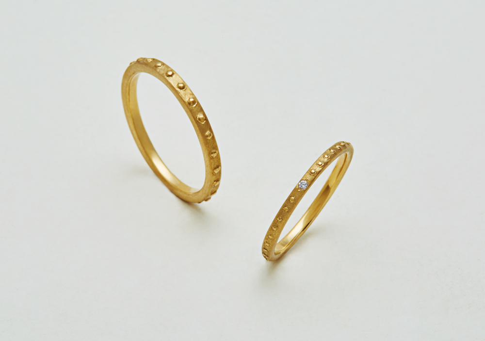 "Marriage ring-M-011〔 Studs Thin Ring 〕"" Keeping pace together for new story. "" / men's:K18YG 80,000~/ women's:K18YG 70,000~"