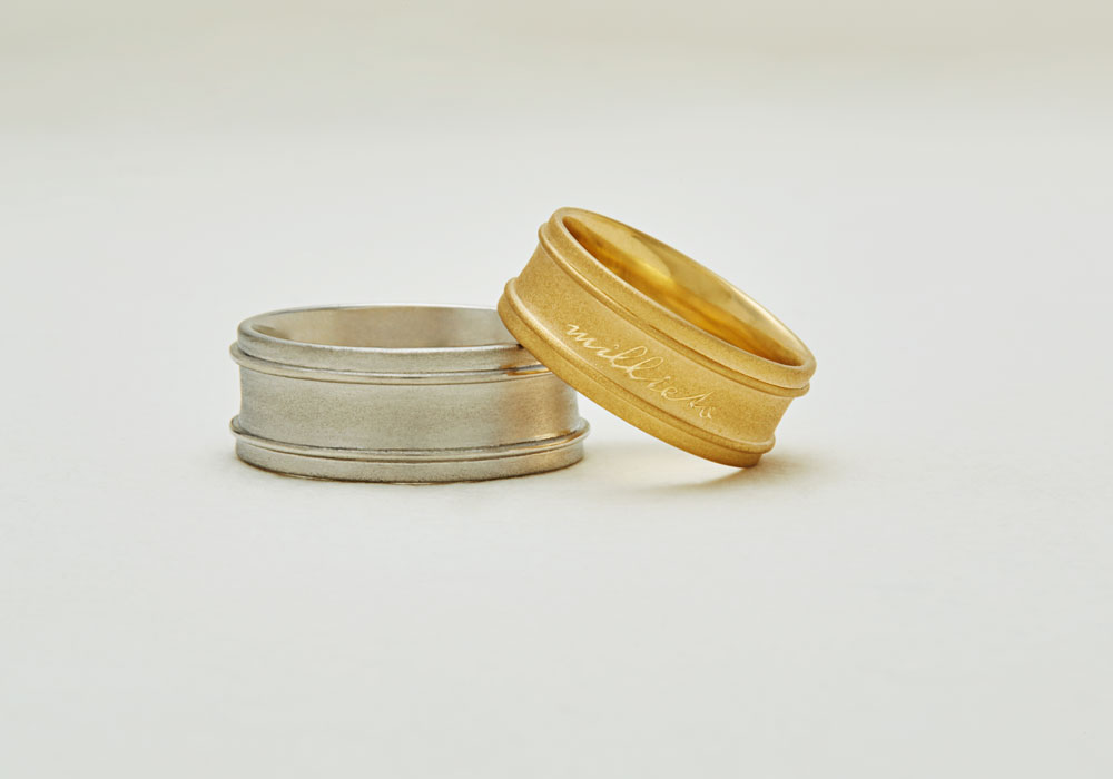 "Marriage ring-M-005〔 Posy Ring 〕"" Only one gift in the world with words of love. "" / men's:PT900 220,000~/ women's:K18YG 180,000~"